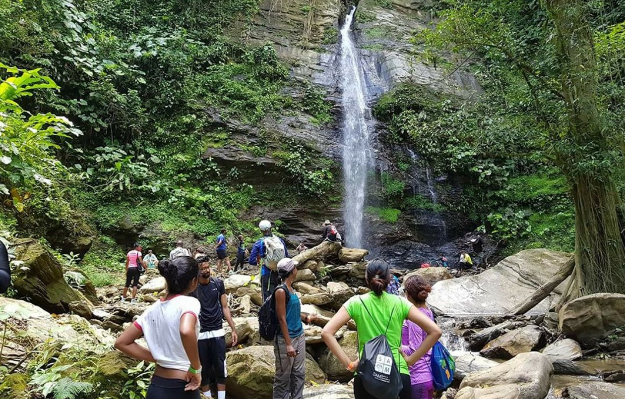 Hike to Double River Falls & Sobo Falls, Brasso Seco